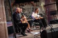 Le trio islandais composé d'Eyjólfur Eyjólfsson, Arnbjörg Stefánsdóttir et Björk Níelsdóttir lors d'une sieste musicale au Dominicains de Haute-Alsace. Guebwiller, le 22 Jul 2018. Photo Michel Kurst
